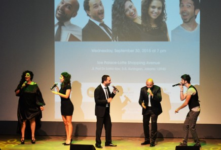 Sing and laugh it out lout in Mezzotono's a capella show